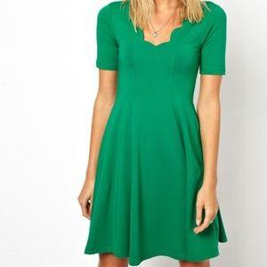 ASOS Scalloped Short Sleeve Green Dress Sz 6